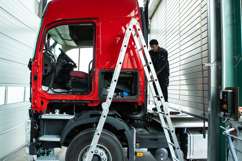 WKZ-Fahrzeugservice-LKW-vorberietung-zum-Lackieren-036